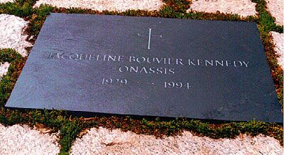 """Jacqueline Lee """"Jackie"""" Kennedy Onassis (1929 - 1994) - Find A Grave Photos,,,,, Arlington National Cemetery"""
