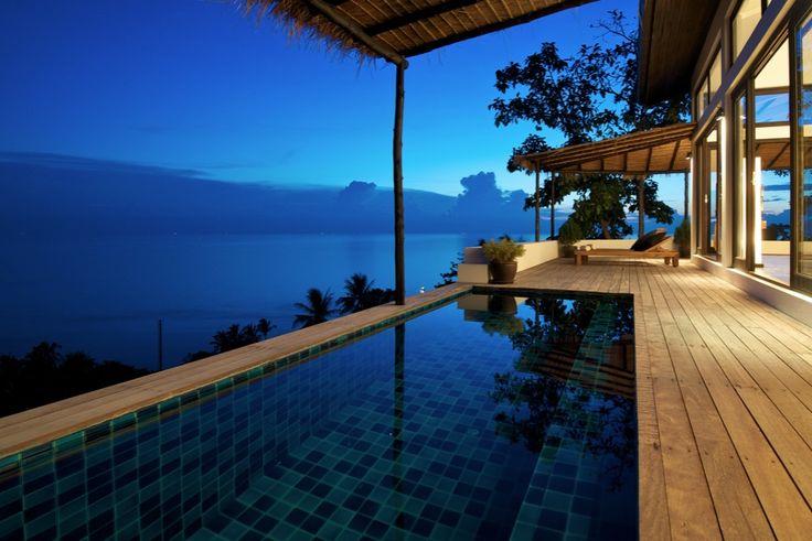 Thai getaway Casas del Sol, in Koh Tao, brings a customized contemporary twist to the luxury beach bungalow, embracing progressive designs by Australian Interior Designer, Christina Saenz de Santamaria. Source: http://www.home-designing.com/2012/03/tropical-beach-villa