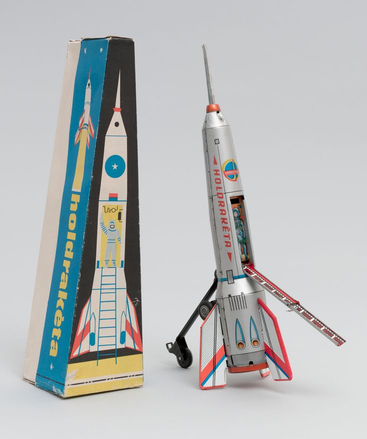 MoMA century of the child - growing by design, 1900-2000 exhibition: Originals Boxes, Kids Stuff, Child Moma, Brilliant Exhibitions, Children, Exhibitions Exploring, Fab Rockets, Spaces Toys, Kids Design