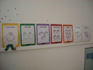 calendrier à faire + plusieurs dessins pour différentes activiés à imprimer. NOMBREUX DESSINS TRES INTERESSANT SAUF EN HOLLANDAIS