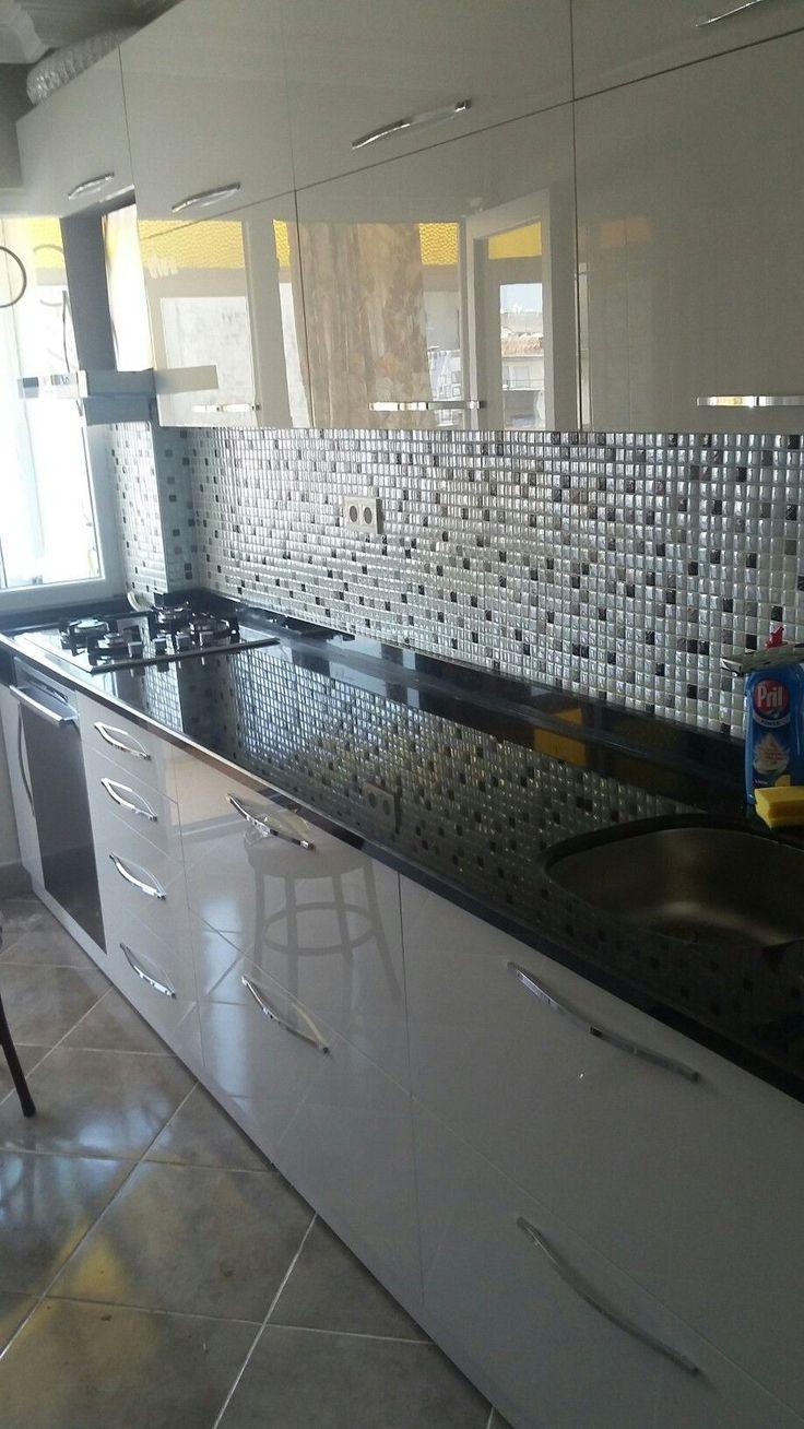 Beyaz akrilik kapak granit tezgah mutfak dolabi #akrilik #beyaz #dolabi #granit #kapak #mutfak #tezgah