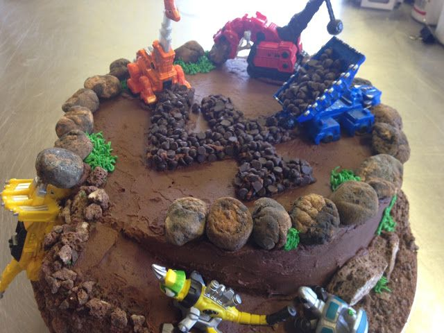 Custom Dino Trux cake