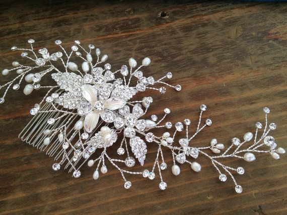 Bridal Hair comb with Fresh water pearls wedding hair comb,wedding Hair accesories,pearl Bridal Comb,Crystal wedding comb,bridal Head pieces