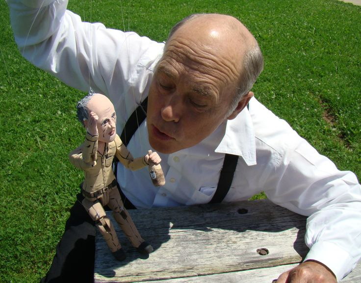 Mr. Lahey from The Trailer Park Boys got to meet a miniature version of himself - AND the Liquor~!