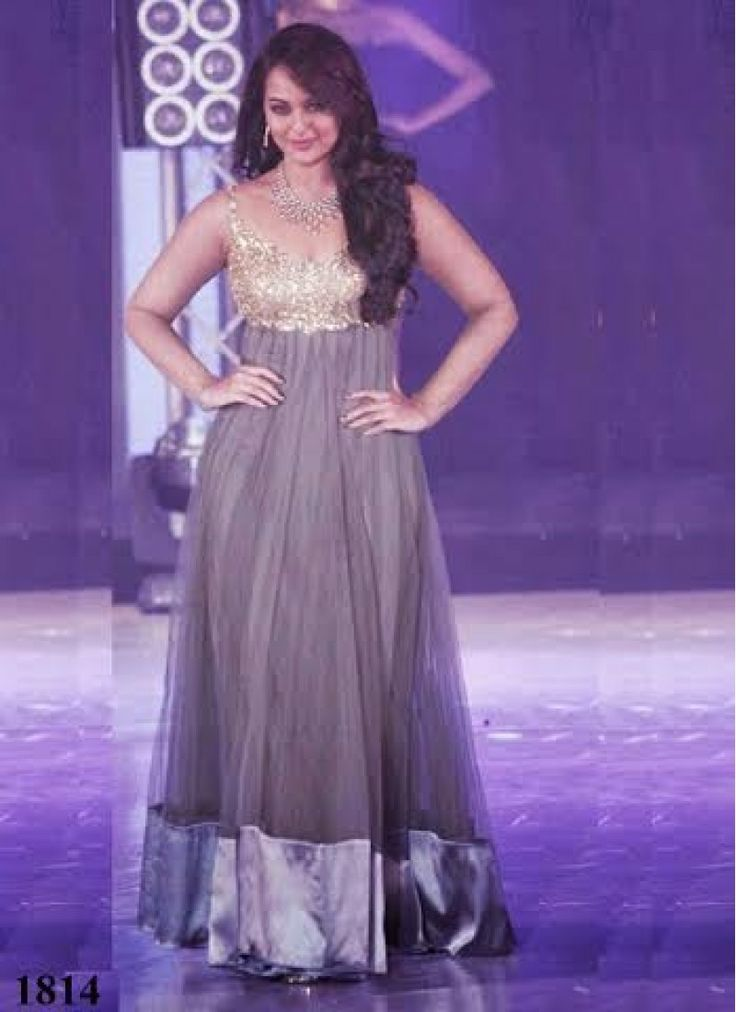 #Sonakshi special Party Gown, Superb #Bollywood #fashion Collection  Shop Now ☛ http://www.fashion4style.com/woman/clothing/bollywood-replica/sonakshi-special-party-gown/pid=Njc=