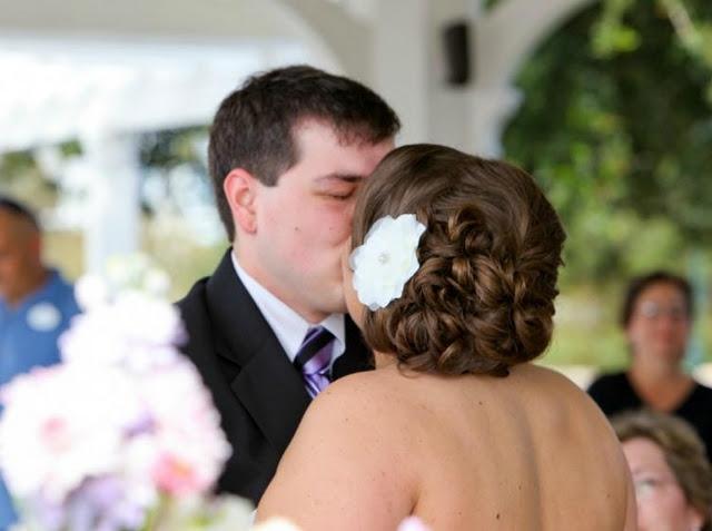 Walt Disney World Wedding Hair Walt #Disney World hotel search: http://holipal.com/hotels/