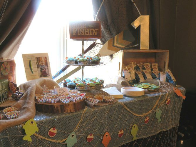 Best Surprise Parties Ideas On Pinterest Th Birthday Party - The party table 25 entertaining themes for your next event
