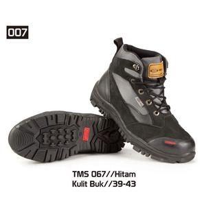 Sepatu Gunung Hiking Pria [TMS 067] (Brand Trekking) Produk Bandung