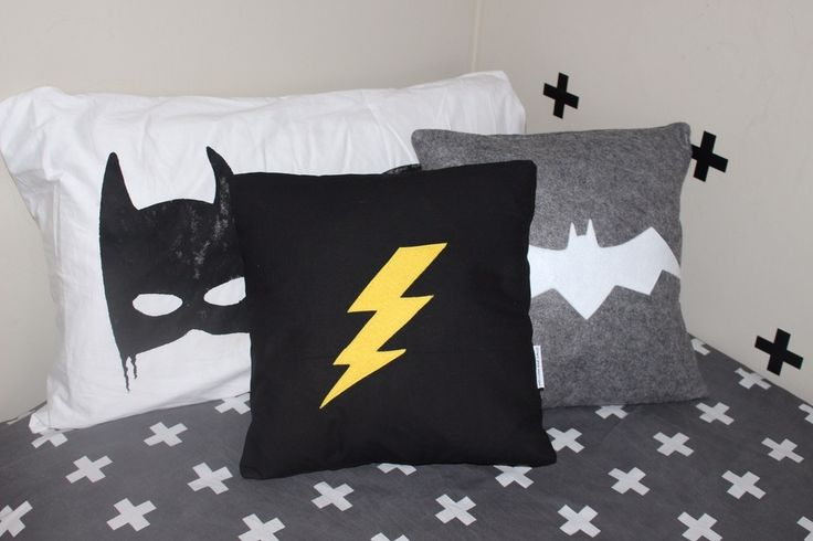 No boys room is complete without our lightening bolt cushion. Perfect addition to any decor!Made from 100% cotton in black with a yellow felt lightening bolt. Also available in white. Please make choice below.Measures 39x39cm and fits a size 16 inner.Made in New Zealand