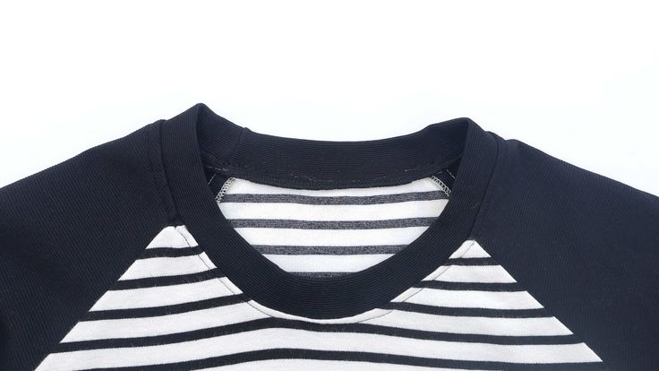 como coser un cuello a una camiseta