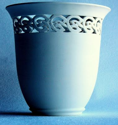 Finding Pretty Again: Handcarved Porcelain Pots by Jacqui Deane