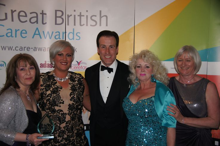 Karen, Emma, Berine & Catherine pictured with Anton Du Beke- Glittering Evening do BGCH Lifestyle Team