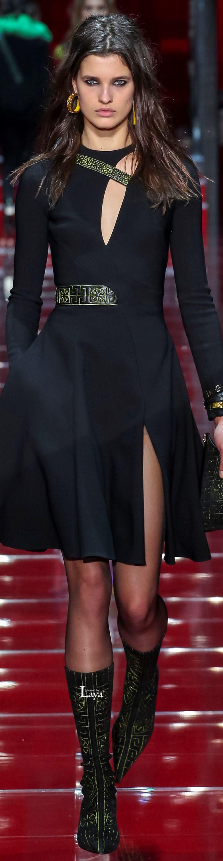 Versace.          Fall/Winter 2015-16.          Ready-To-Wear.