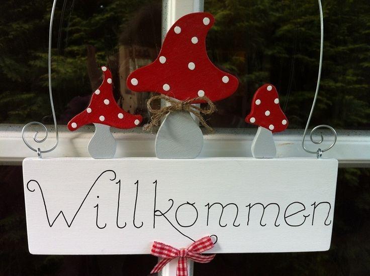 """Schild """"Willkommen"""" mit Fliegenpilzen von Pilzglück auf DaWanda.com"""