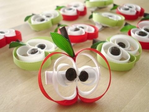Apple Hair Clips @Crystal Brashear Do these look easy to do??