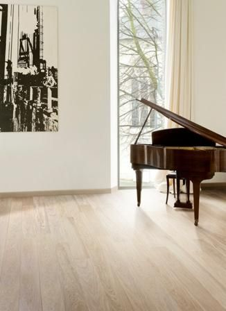Google Image Result for http://www.specifile.co.za/specifier/images/stories/2011/august-2011/Traviata%20Traviloc%20vinyl%20wood-plank%20flooring.jpg