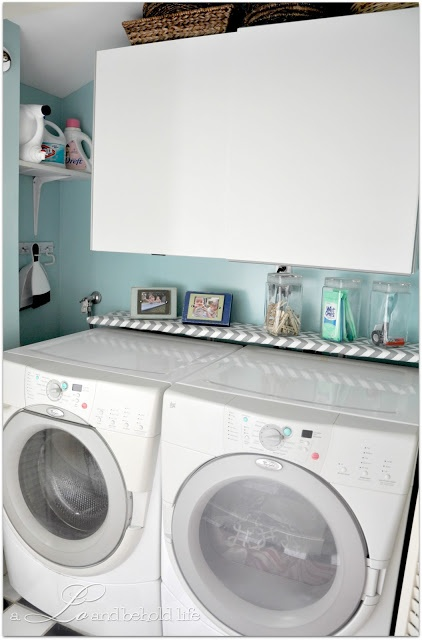 Fun laundry room color & makeover