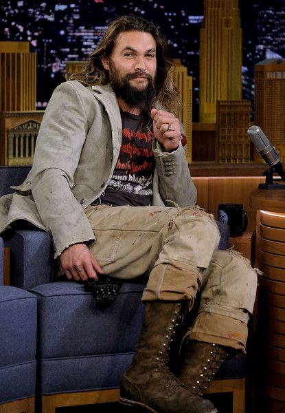 "Jason Momoa visits ""The Tonight Show Starring Jimmy Fallon"" at Rockefeller Center on January 22, 2018 in New York City."