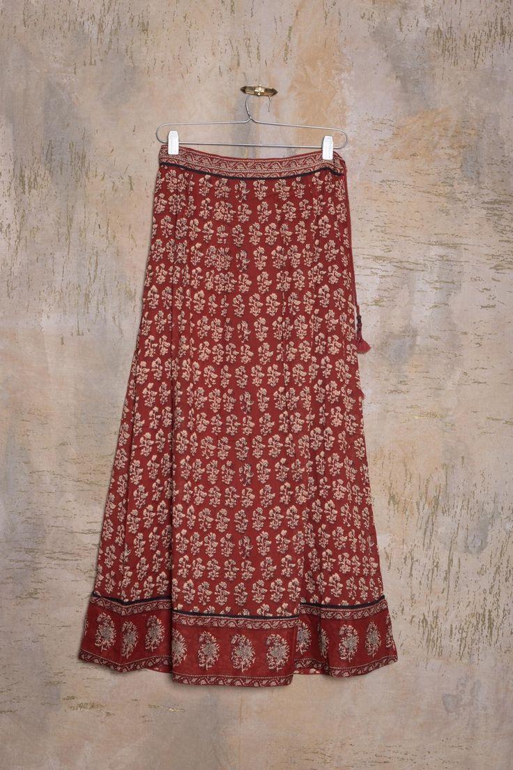Visitá la nueva colección Invierno 16 en Rapsodia.com > Falda Gulu Nukita