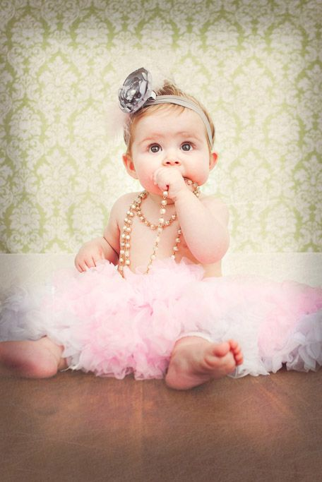 Dreamy baby photography session