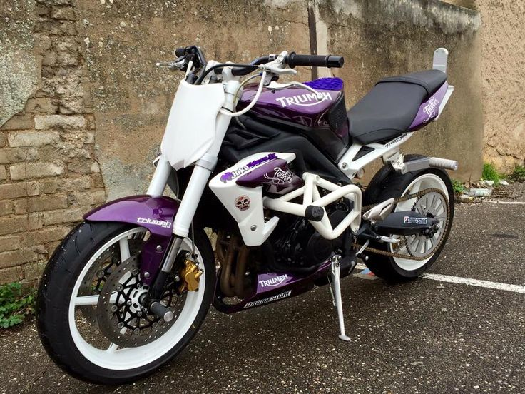 Triumph Triple R Purple Stunt Bike