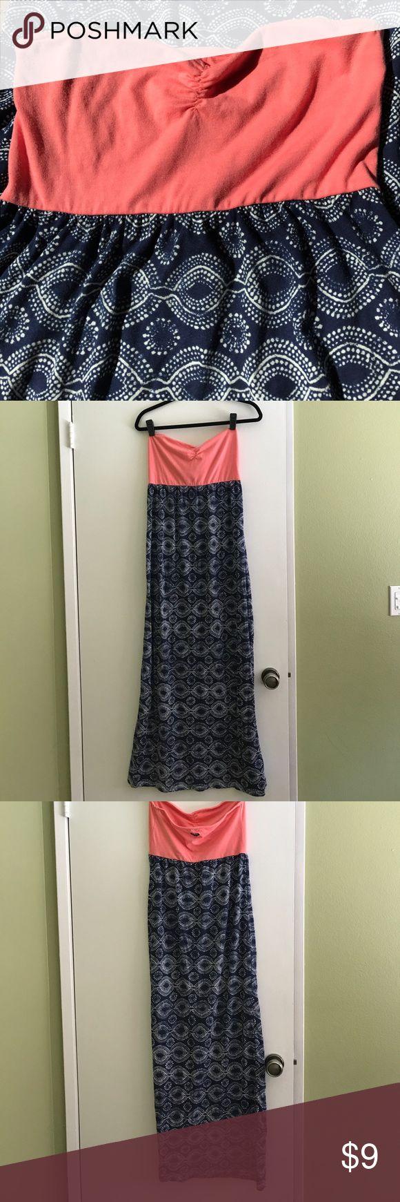 🌸 ROXY Strapless Maxi Dress ROXY pink & blue strapless maxi dress🌸 Roxy Dresses Maxi
