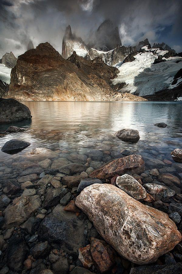 Mount Fitz Roy from Laguna de los Tres, Los Glaciares National Park, Argentina.