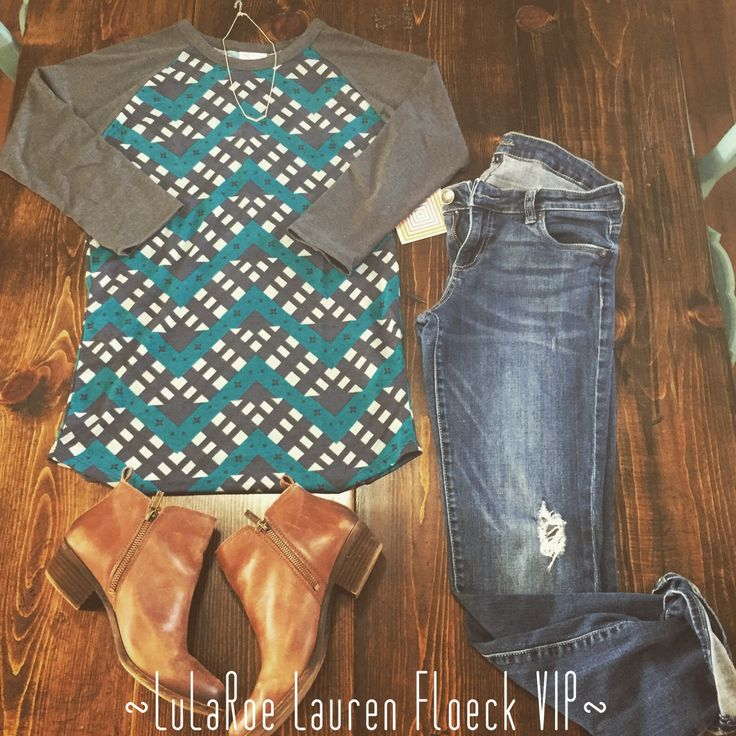 LuLaRoe Randy Tee Outfit! Join my VIP shopping group for more LuLaRoe and Outfit Pairings! https://www.facebook.com/groups/lularoelaurenfloeck