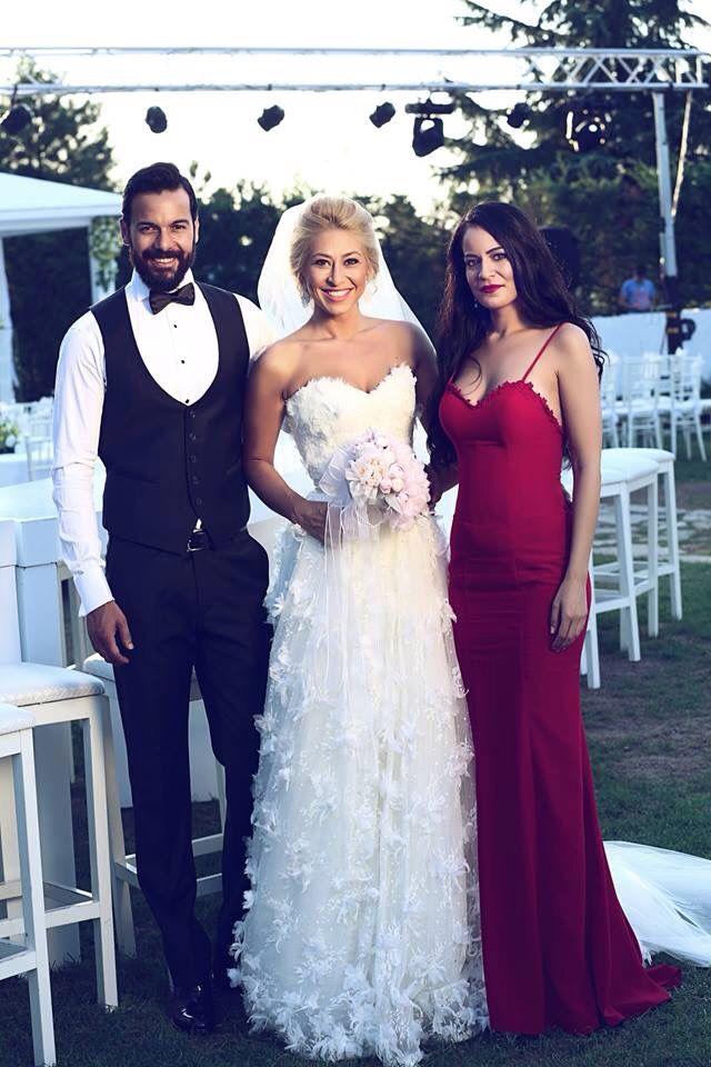 Bride wedding groom flower love happyday damat gelin kır düğünü, düğün gelinlik tasarım designer gelin buketi friend dost arkadas
