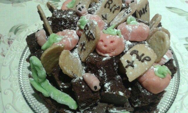 Jack O'Lantern graveyard cake
