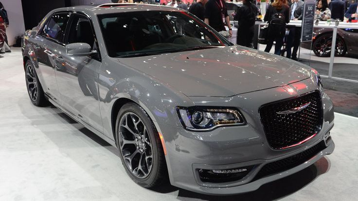 Take a first look at the bold new Chrysler 300S Sport Appearance Package http://www.autoblog.com/2016/03/23/2017-chrysler-300s-sport-appearance-package-new-york-2016/