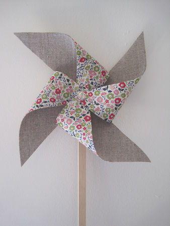 ❤︎ liberty fabric pin wheel