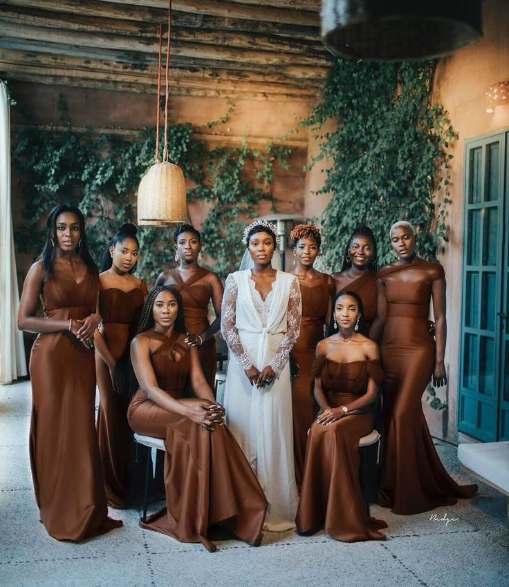 25 Perfete Fall Bridesmaid Dresses That Will Drop Jaws Perfete In 2020 Fall Bridesmaid Dresses Brown Bridesmaid Dresses Fall Bridesmaids