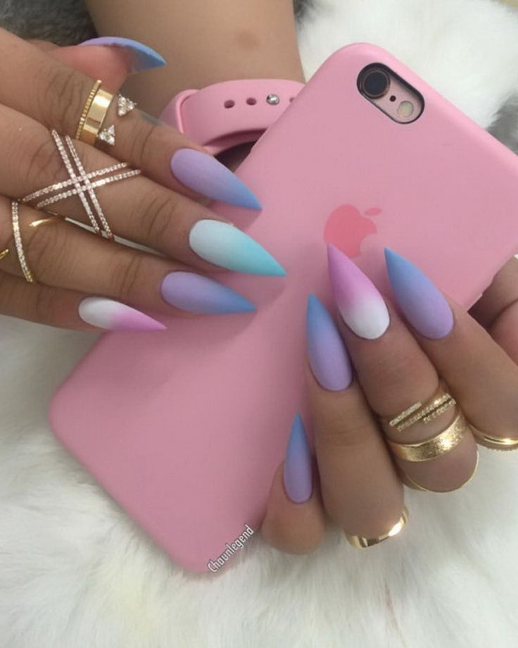 For Steph @kiaraskynails ombre gels and @queenpee rings