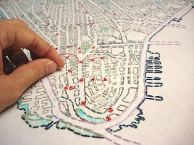 Embroidered map project by Liz Kueneke. Whoa.Embroidered Maps, Art Crafts, Liz Kuenek, Maps Embroidery, Embroidery Maps, Hands Embroidery, Maps Projects, Cities Embroidery, Art Projects