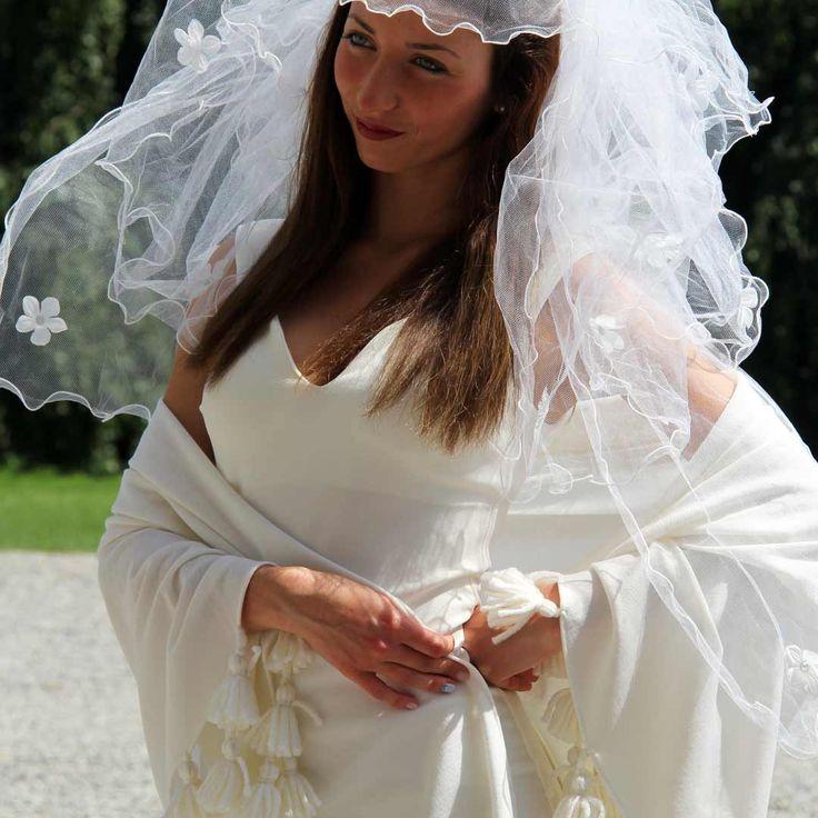 La sposa 2016: bella e chic con il velo in tulle shop.marinafinzi.com