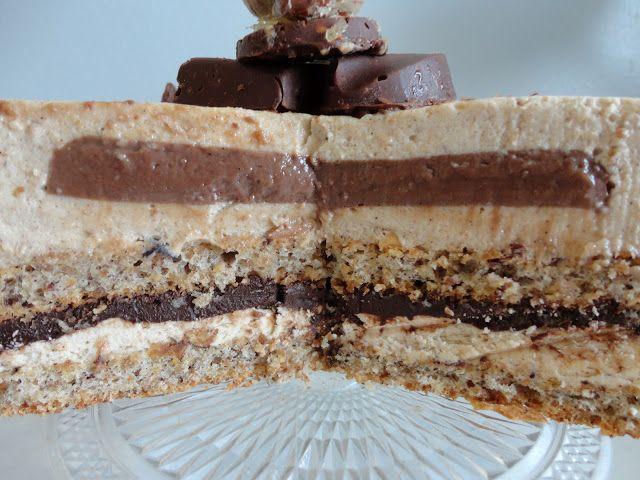 Le CHOC' noisette -  Entremets dacquoise, mousse praliné, crémeux au chocolat et crème mousseuse au beurre
