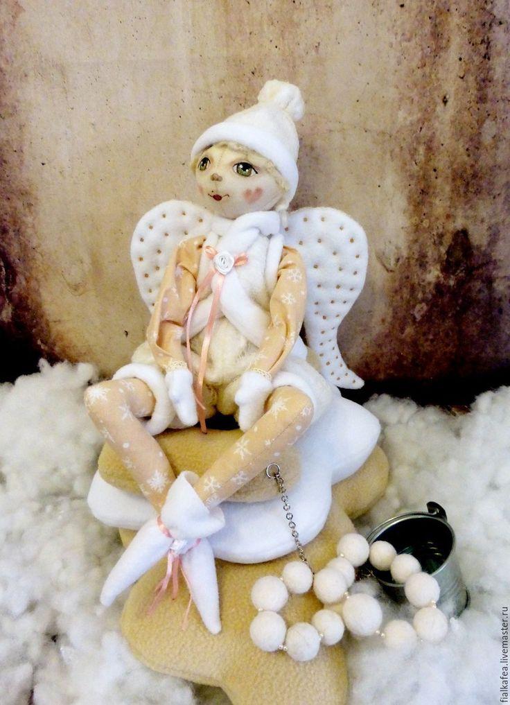 Купить текстильная авторская кукла Снежный Ангел - бежевый, белый, авторская ручная работа