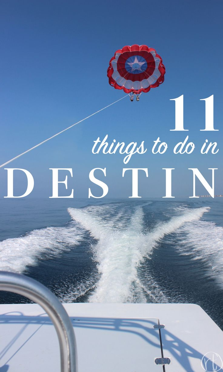 11 Things to Do in Destin, Florida, USA America by Round Trip Travel // parasailing photography