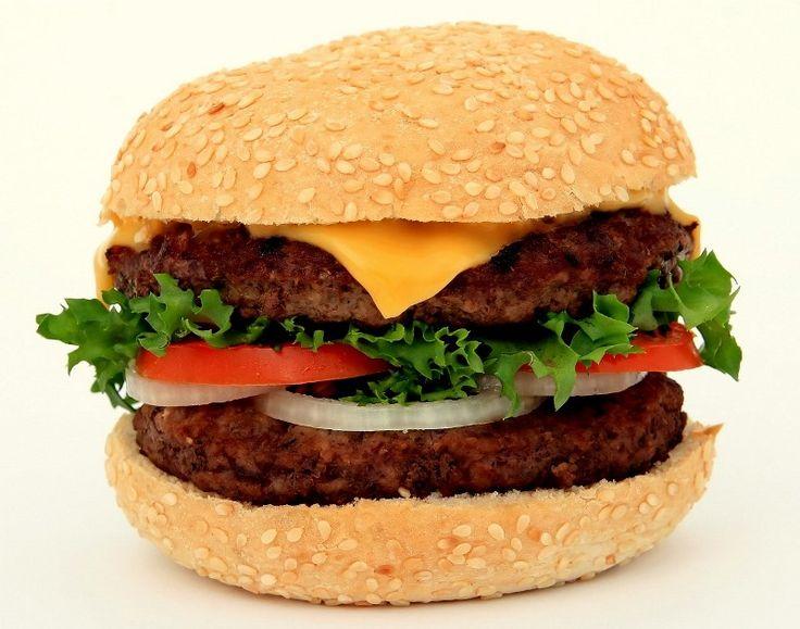 A terceira edição do SP Burger Fest acabou em novembro, mas você não precisa morrer de abstinência esperando a próxima edição, que está prevista para maio do ano que vem. Participei de uma d…