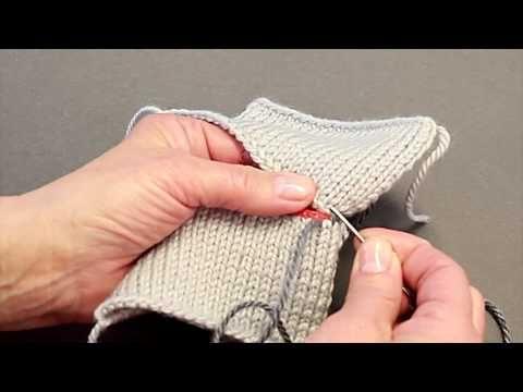 Hur man gör för att sy ihop ärmhål - underarmar på stickade tröjor.MOV - YouTube
