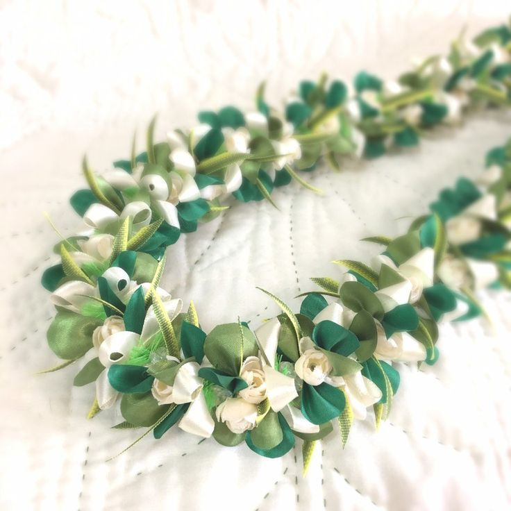 ribbon lei christmasrose Ivory moss&holiday green wedding graduation