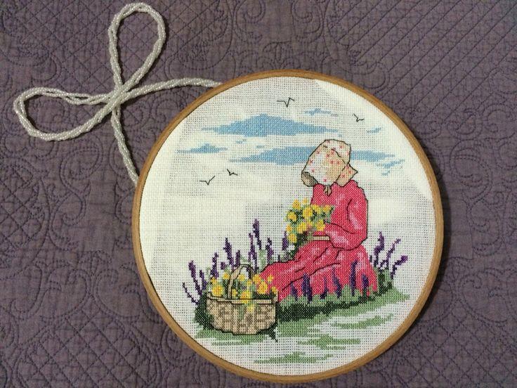 Kanaviçe kız Çiçek