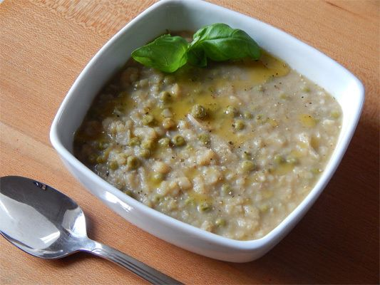 macco, sicilian soup http://blacksalad.net/2015/02/04/maccu-broad-beans-recipe/