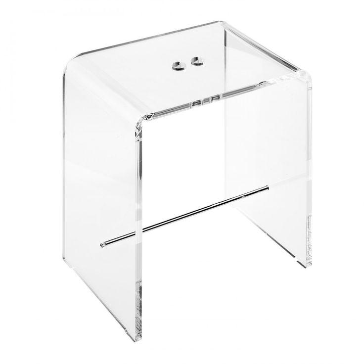 Sgabello da bagno in plexiglass dalle dimensioni contenute è facilmente collocabile in ogni spazio. Realizzato in plexiglass trasparente di alto spessore 12 mm è arricchito da elementi in ottone cromato. #design #plexiglass #arredo #arredamento #LuceSolida