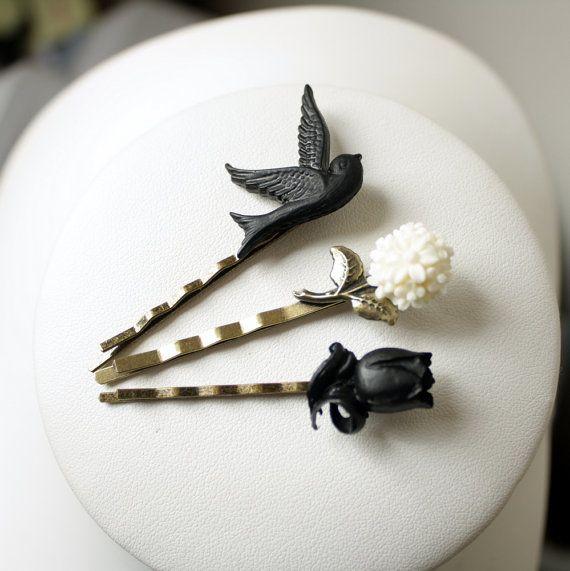 bobby pins black bird tulip white flower some accessories pinterest bijoux fimo et. Black Bedroom Furniture Sets. Home Design Ideas