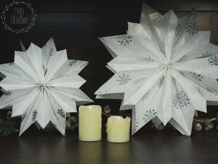 Braucht ihr noch ein wenig Weihnachtsdeko? Aus Papiertüten lassen sich ganz fix tolle Sterne basteln. Wie das geht, zeige ich euch auf meinem Blog unter: http://www.frau-liebling.com/diy-weihnachtsstern/