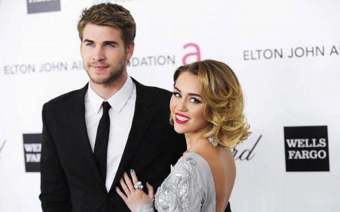 Miley Cyrus cumple 25 años hoy y su novio la sorprende con diamantes