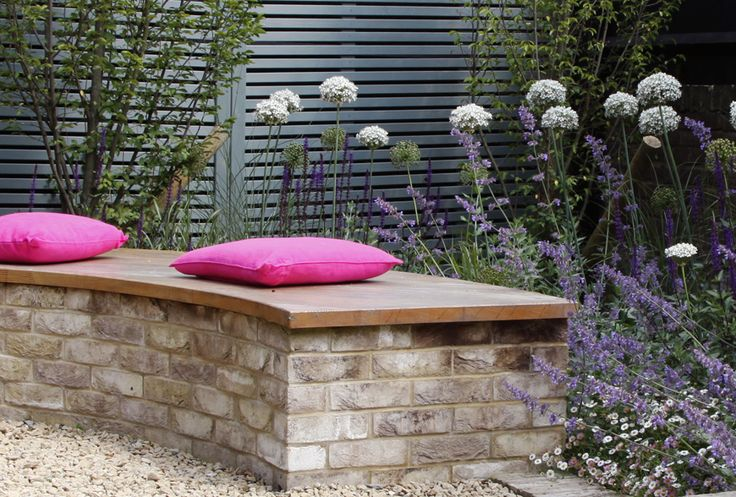 brick and oak bench