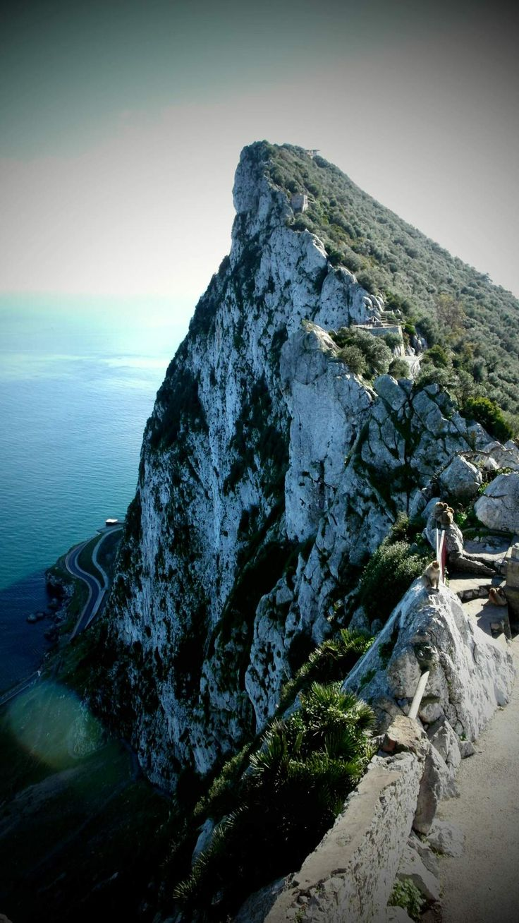 Climbing up to the #Gibraltar Rock